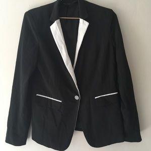 Women's blazer size medium EUC mossimo brand